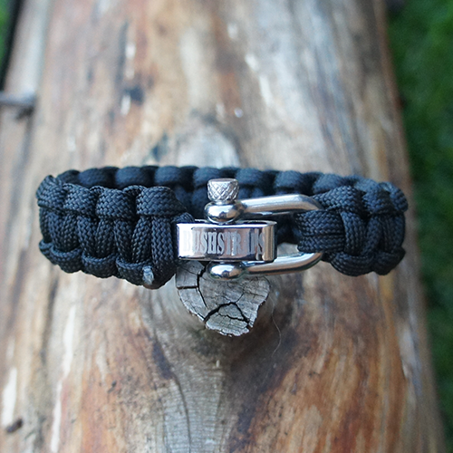 option 1 paracord survival bracelet