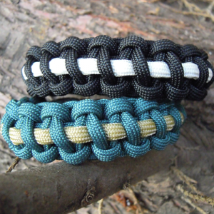 option 3 survival bracelet